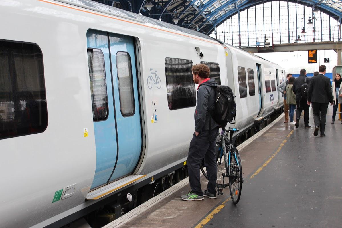 Rail/Bus Punctulaity Surveys
